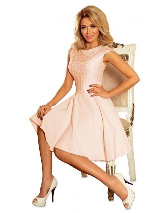 Broskyňové krátke šaty s áčkovou sukňou a čipkou - predná strana