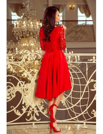 Červené asymetrické šaty s čipkou a výstrihom-2