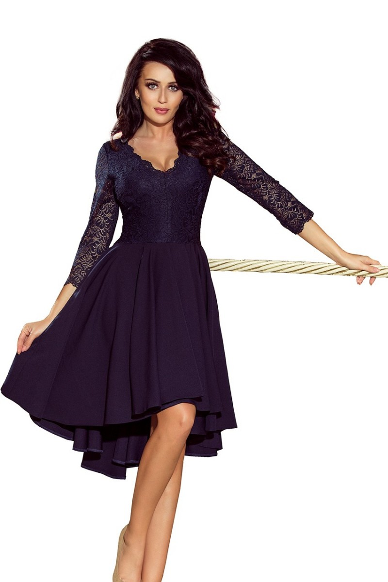 Tmavomodré asymetrické šaty s čipkou a trojštvrťovým rukávom