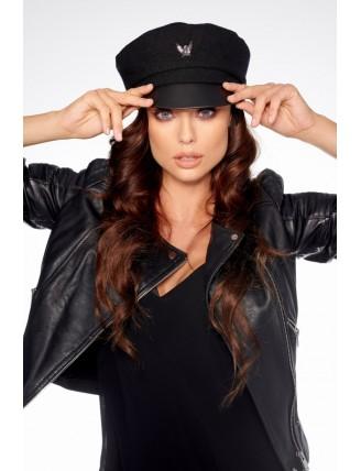 Čierna vlnená čiapka s koženým šiltom