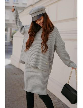 Sivá pletená súprava roláku so sukňou 1