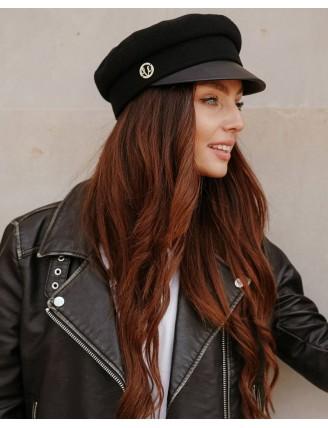 Čierna námornícka čiapka s koženkovým šiltom