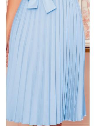 Svetlomodré plisované šaty s krátkym rukávom a mašľou 4