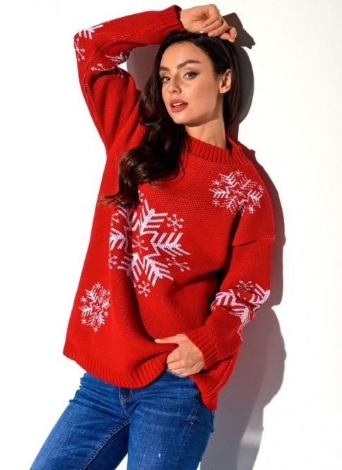 červený oversize sveter s vločkami